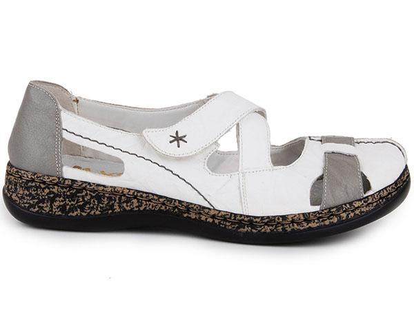 80caac305c Dámská obuv